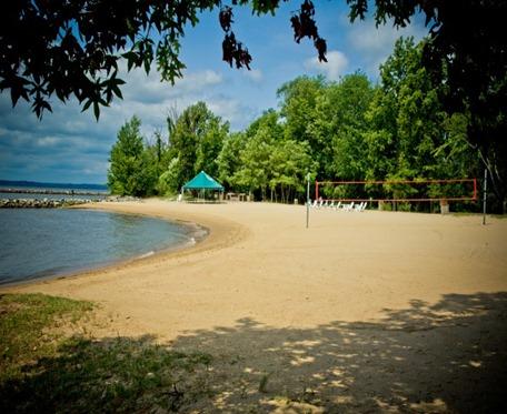 gov land private beach (Small)