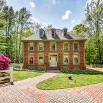 Colonial Charm: The Niedzwick Home in Williamsburg VA